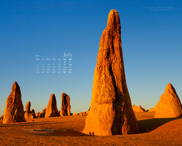 Desert Photo July 2011 Wallpaper Calendar